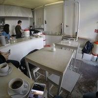 Das Foto wurde bei Kaffeefabrik von Onur S. am 1/16/2015 aufgenommen