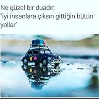 Photo taken at Ayakkabı Tamircileri Çarşısı by Ertuğrul B. on 6/24/2017
