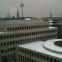 Das Foto wurde bei Clusterhaus von Simon F. am 1/23/2013 aufgenommen
