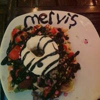 Photo taken at Atomik Waffle & Coffee by Merve Ş. on 5/24/2014