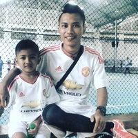 Photo taken at Putra Abadi Sport Center by Nathanael Damhor K. on 3/13/2016