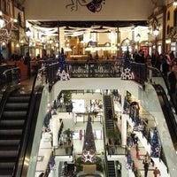 Foto tirada no(a) Via Catarina Shopping por Enrique em 12/11/2015