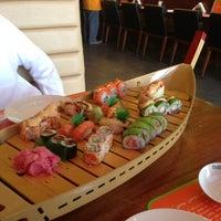 Photo taken at Sushi Yoshi by Rami A. on 5/29/2013