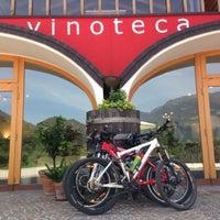 Foto scattata a Vinoteca PISONI - Azienda Agricola BIOLOGICA da giuliatravaglia il 8/6/2014