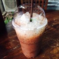 Photo taken at กาแฟ Inthanon Coffee Road by Paremhaiiz on 7/18/2014