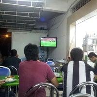 Photo taken at Restoran Ameeth by Sabry V. on 11/3/2013