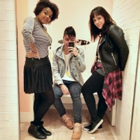Photo taken at Forever 21 by Leonardo B. on 5/14/2015