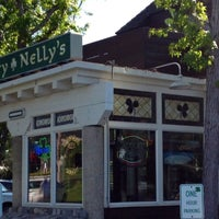 Photo taken at Durty Nelly's Irish Pub & Restaurant by Steve B. on 4/25/2013