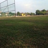 Photo taken at Padang Bola Sepak Puchong Indah by Ejam on 2/9/2014