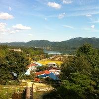Photo taken at 대청호 자연생태관 by HakSuh K. on 10/3/2012