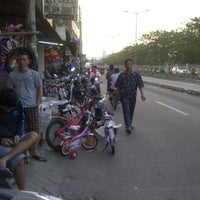 Photo taken at Pasar Rumput by Denny E. on 10/16/2013
