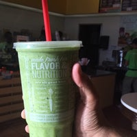 Photo taken at Robeks Fresh Juices & Smoothies by Majed . on 10/11/2014