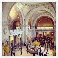 Photo taken at The Great Hall Balcony Bar at The Metropolitan Museum of Art by Feu _. on 3/29/2013