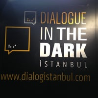 1/17/2014 tarihinde Meltem G.ziyaretçi tarafından Karanlıkta Diyalog'de çekilen fotoğraf
