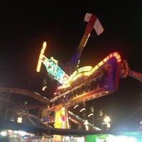 รูปภาพถ่ายที่ Fiestas de Octubre โดย MT เมื่อ 11/6/2012