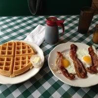 Photo taken at Hudson Diner by Han L. on 2/27/2013