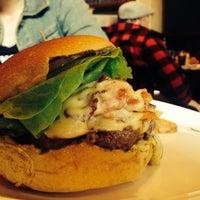 Photo taken at California Burger by Matheus P. on 7/31/2014