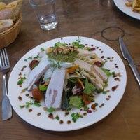 Photo prise au Lézard Café par Benjamin B. le10/10/2012