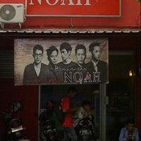Photo taken at Official store NOAH banyuwangi by Martin O. on 7/23/2013