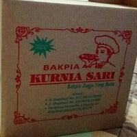 Photo taken at Bakpia Kurnia Sari by T R A N S P O R T E R . on 11/1/2015