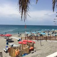 Снимок сделан в Lido Mediterraneo - Gizzeria пользователем Silvestro C. 7/26/2014