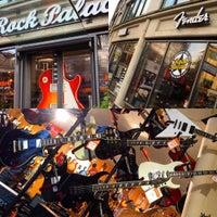 Photo taken at Rock Palace (KEYMUSIC) by Luiz Flavio L. on 11/21/2015
