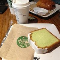 Foto tomada en Starbucks por Antonio M. el 4/2/2013