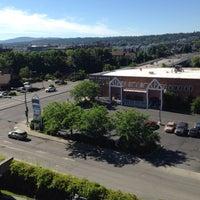 Photo taken at Holiday Inn Express Spokane-Downtown by Chunyu C. on 6/22/2014