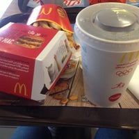 Photo taken at McDonald's by Moe N. on 1/9/2014