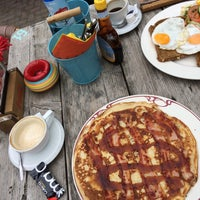 Photo taken at Huis ten Bosch Pannenkoekenrestaurant by Dorine S. on 6/20/2015