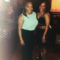 Photo taken at Boulevard Sports Lounge by Cassie B. on 5/17/2015