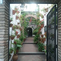 Photo taken at Restaurante El Caballo Rojo by Jorge C. on 5/1/2013