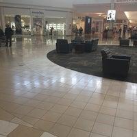 Das Foto wurde bei Ocean County Mall von Scott Kleinberg am 10/23/2016 aufgenommen