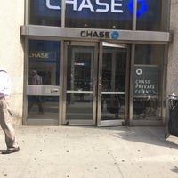 Photo taken at Chase Bank by Scott Kleinberg on 9/27/2016