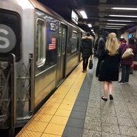 Photo taken at MTA Subway - 42nd Street Shuttle (S) by Scott Kleinberg on 1/31/2017