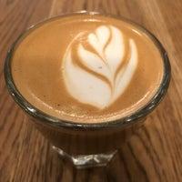 Photo prise au Irving Farm Coffee Roasters par Scott Kleinberg le4/27/2018