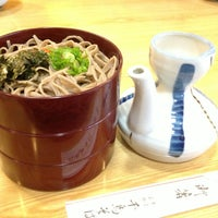 Photo taken at 千鳥そば by Makoto I. on 12/23/2012