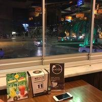 8/31/2017 tarihinde Hüso Can B.ziyaretçi tarafından Meclis Künefe & Cafe'de çekilen fotoğraf