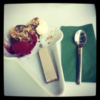 Photo taken at Efendiler Dondurma & Cafe by Gizem E. on 5/28/2013