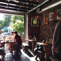 Photo taken at Mee-Sen Thai Eatery by Nikita H. on 5/27/2014