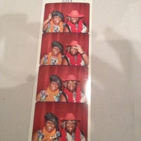 Foto scattata a Parkway Ballroom da Kathy C. il 9/28/2014