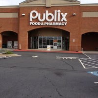 Photo taken at Publix by Wesley H. on 10/14/2012
