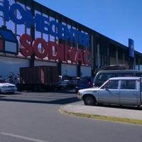 Photo taken at Sodimac Homecenter by La jose B. on 4/14/2013