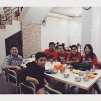 Photo taken at Nasi Uduk & Ayam Goreng Toha by Velia J. on 9/6/2015