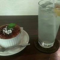 Photo taken at 喫茶ポルト by やまもと か. on 5/29/2014