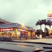Photo taken at McDonald's by Keiko E. on 5/7/2013