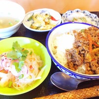 Photo taken at タイ料理 アルン 住吉店 by Shoichi S. on 11/6/2014