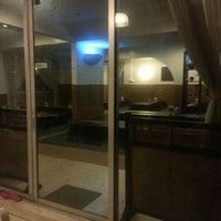 Photo taken at D'KL Restaurant, Kampung Likas by Haida S. on 6/5/2014