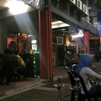 Photo taken at GEO'S STREET CAFE by Munzir M. on 10/10/2012