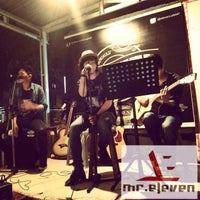 Photo taken at Eleven Cafe Bengkulu by Tomi Y. on 10/17/2015